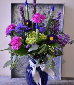 Purple and Blues Lovers Bouquet