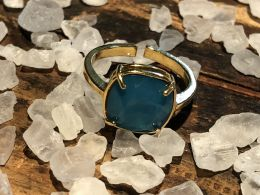 Caribbean Nouveau Swarovski Crystal in Gold Plated Setting