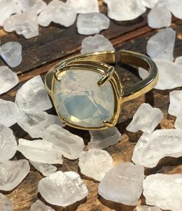 White Opal Nouveau Swarovski Crystal in Gold Plated Setting