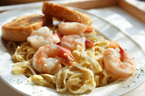 Shrimp Scampi in Light Cream Sauce