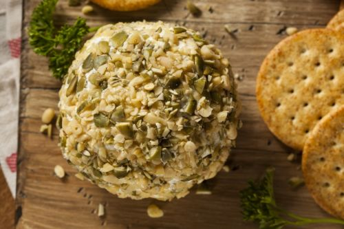 Chardonnay and Blue Cheese Cheeseball